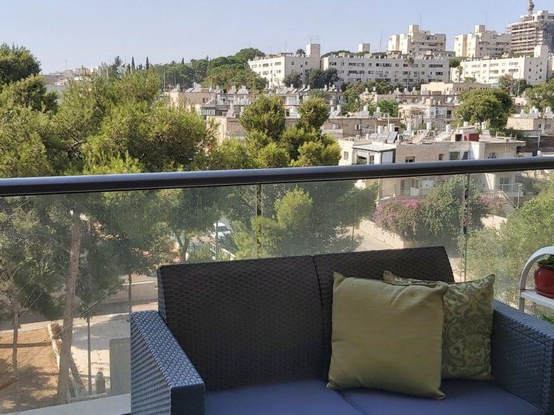 the balcony (Personnalisé)
